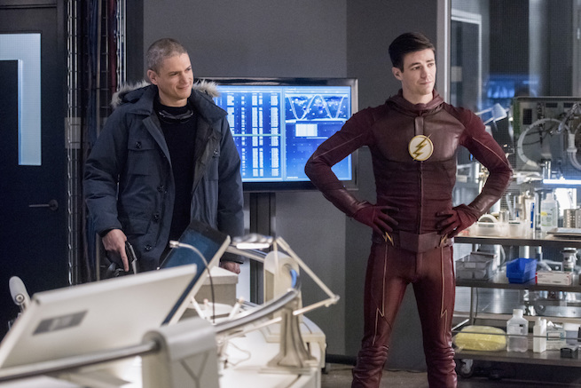 "The Flash -- ""Infantino Street"" -- FLA322a_0065b.jpg -- Pictured (L-R): Wentworth Miller as Leonard Snart/Captain Cold and Grant Gustin as Barry Allen -- Photo: Dean Buscher/The CW -- © 2017 The CW Network, LLC. All rights reserved."