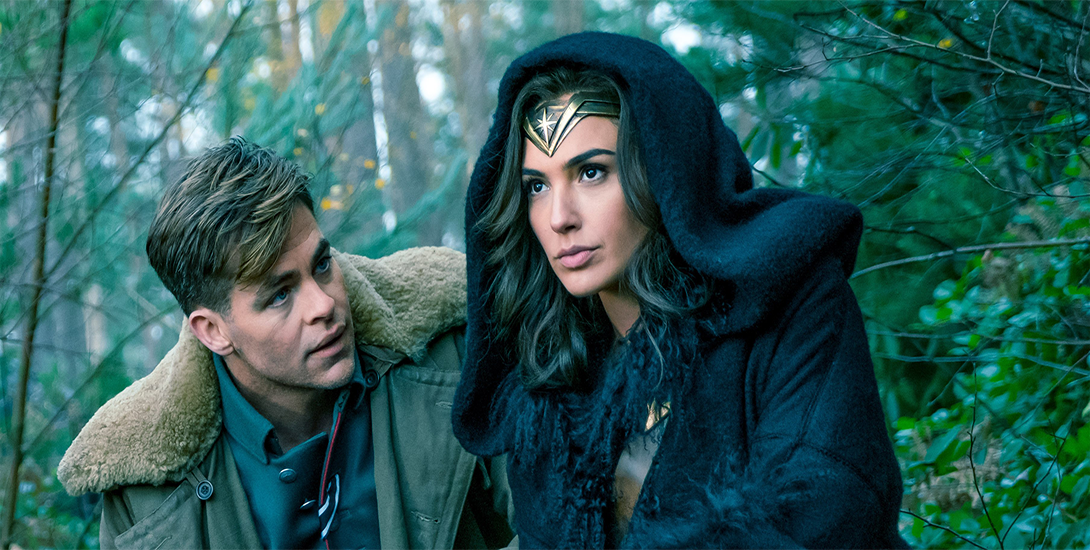 New 'Wonder Woman' High-Res Photos!