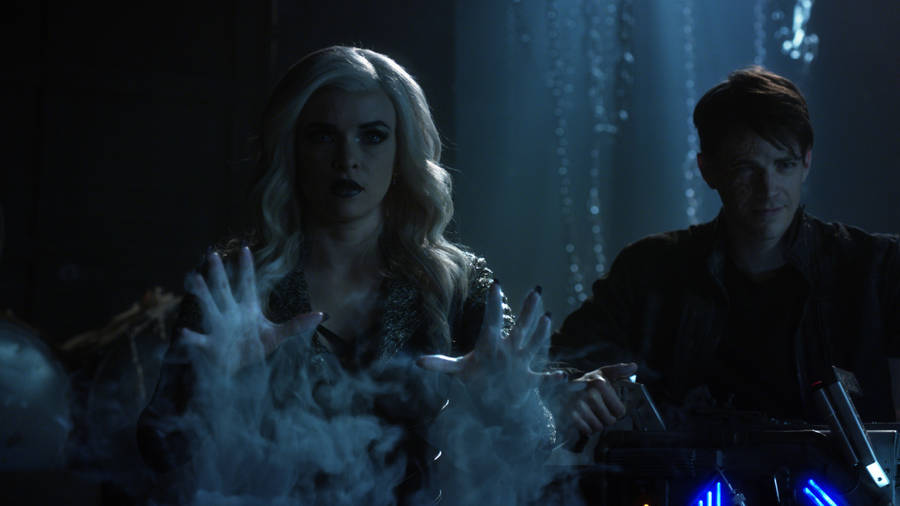 "The Flash -- ""Finish Line"" -- FLA323c_0017.jpg -- Pictured (L-R): Danielle Panabaker as Killer Frost and Grant Gustin as Savitar -- Photo: The CW -- © 2017 The CW Network, LLC. All rights reserved."