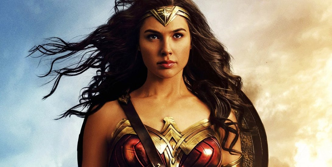 """Gal Gadot To Have A New """"Battle Gear"""" Costume For 'Wonder Woman' Sequel"""