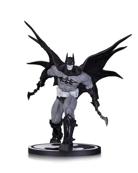 BATMAN: BLACK AND WHITE BATMAN BY CARLOS D'ANDA STATUE