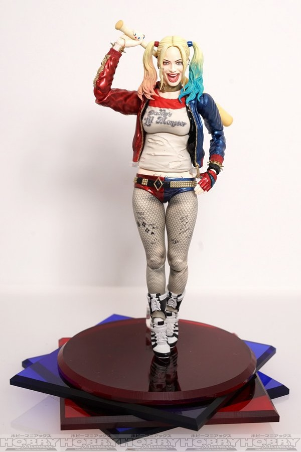 photos surface of 39 suicide squad 39 movie harley quinn and the joker sh figuarts figures dark. Black Bedroom Furniture Sets. Home Design Ideas
