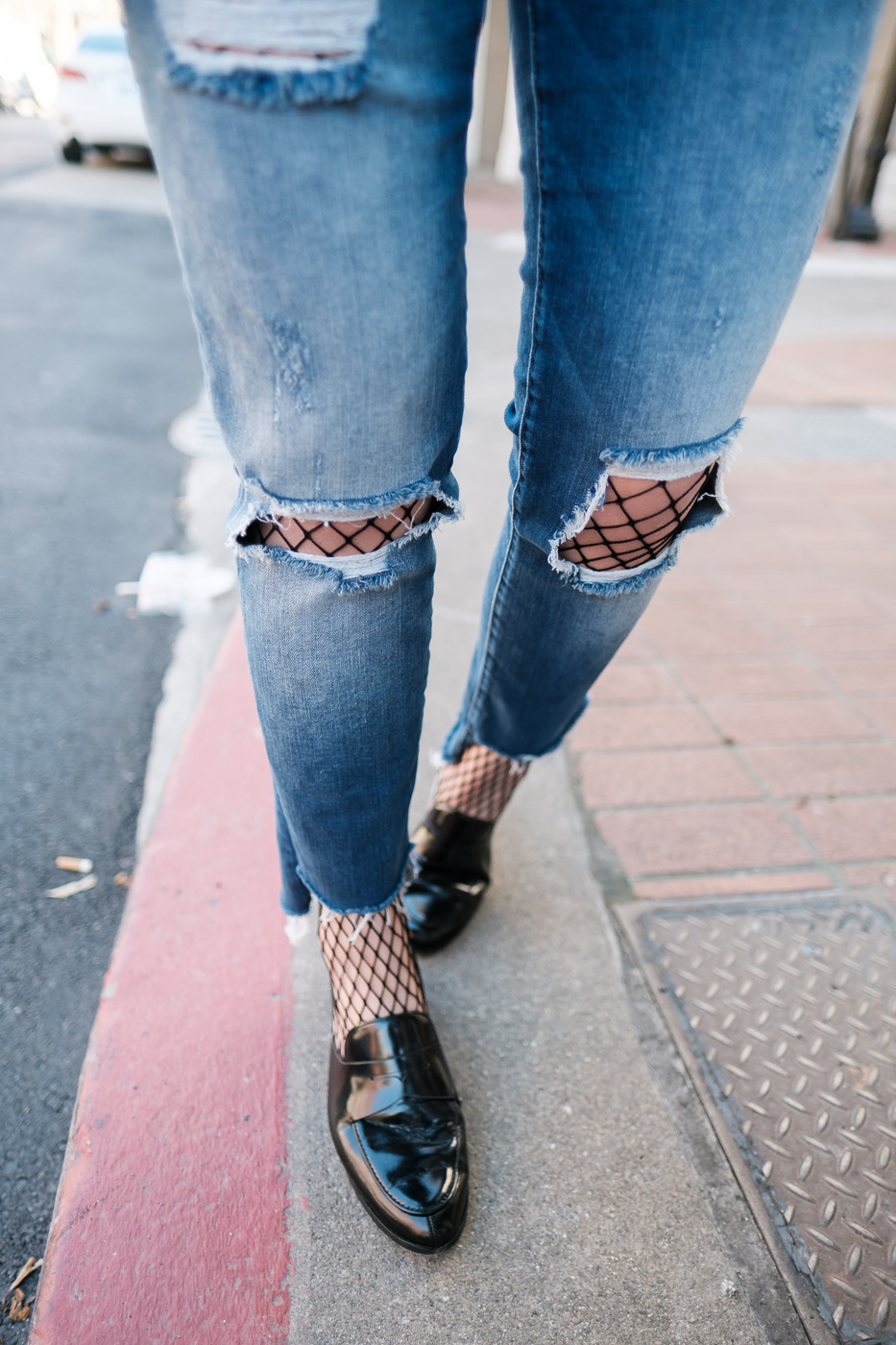 Fishnet Tights Trend, How To Wear Fishnet Tights