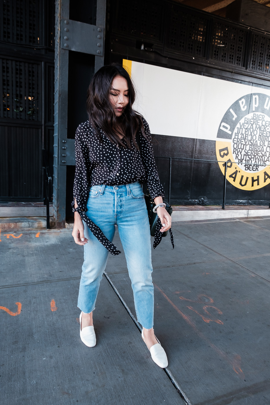 levis-wedgie-cut-jeans-madewell-silk-star-top-5