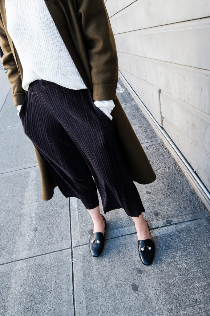 topshop-petite-trousers-pearl-loafers-7