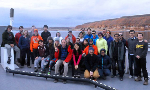 Ge 136c crossing Lake Powell