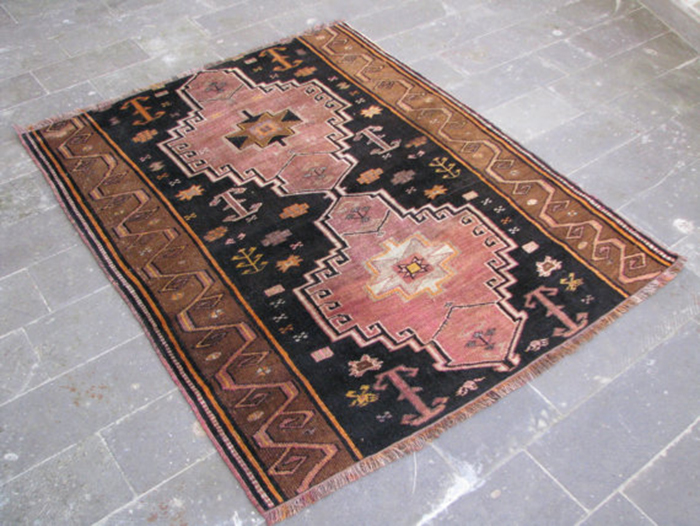 Affordable Vintage Rugs