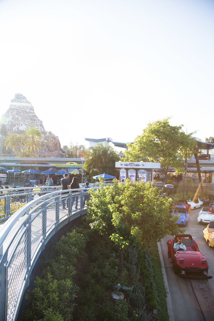 Disneyland_Hither-and-Thither-18