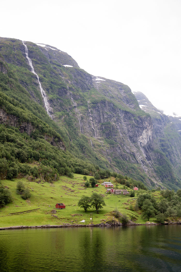 Norway Guide-Hither-and-Thither-2-2