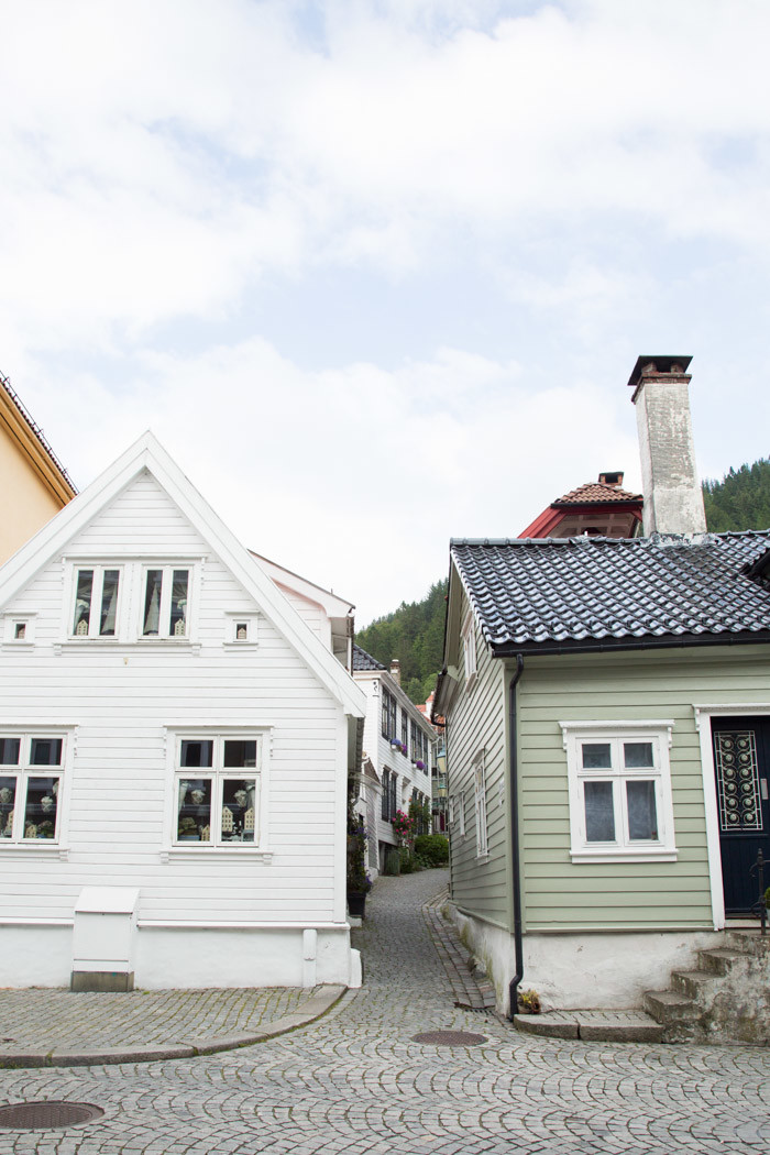 Norway Guide-Hither-and-Thither-2