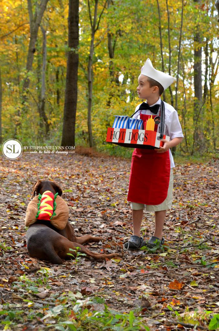 hither-thither-halloween-hotdog-vendor