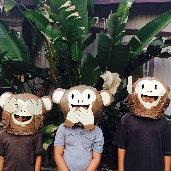 hither-thither-halloween-monkey-emojis