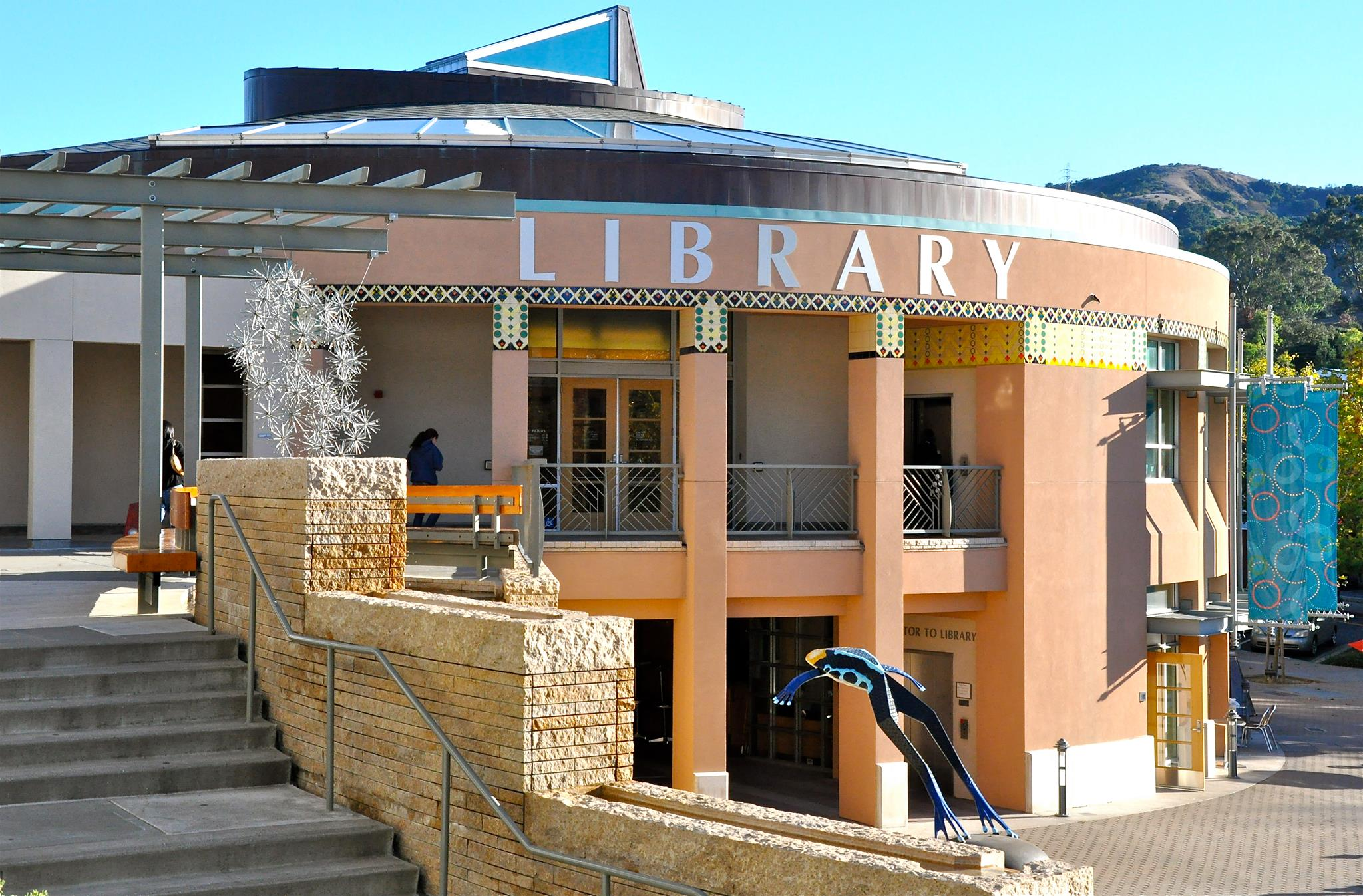 Orinda Library picture