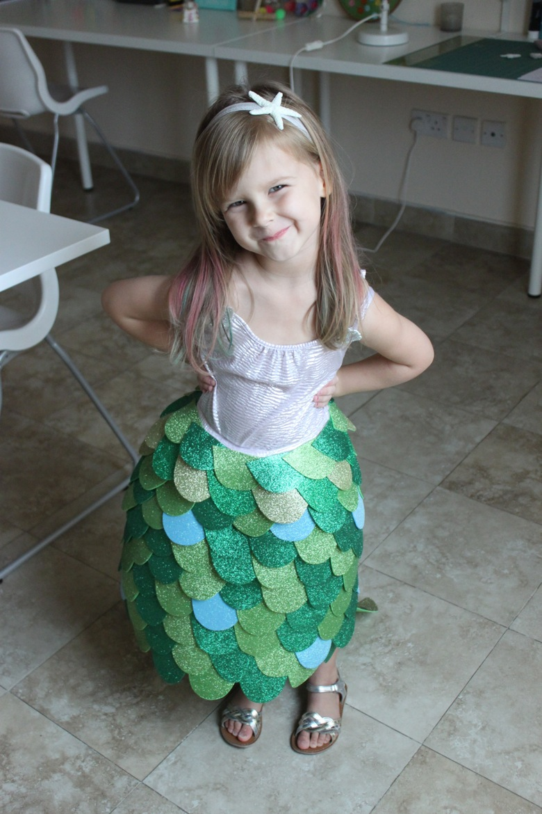 homemade mermaid costume mama papa bubba. Black Bedroom Furniture Sets. Home Design Ideas