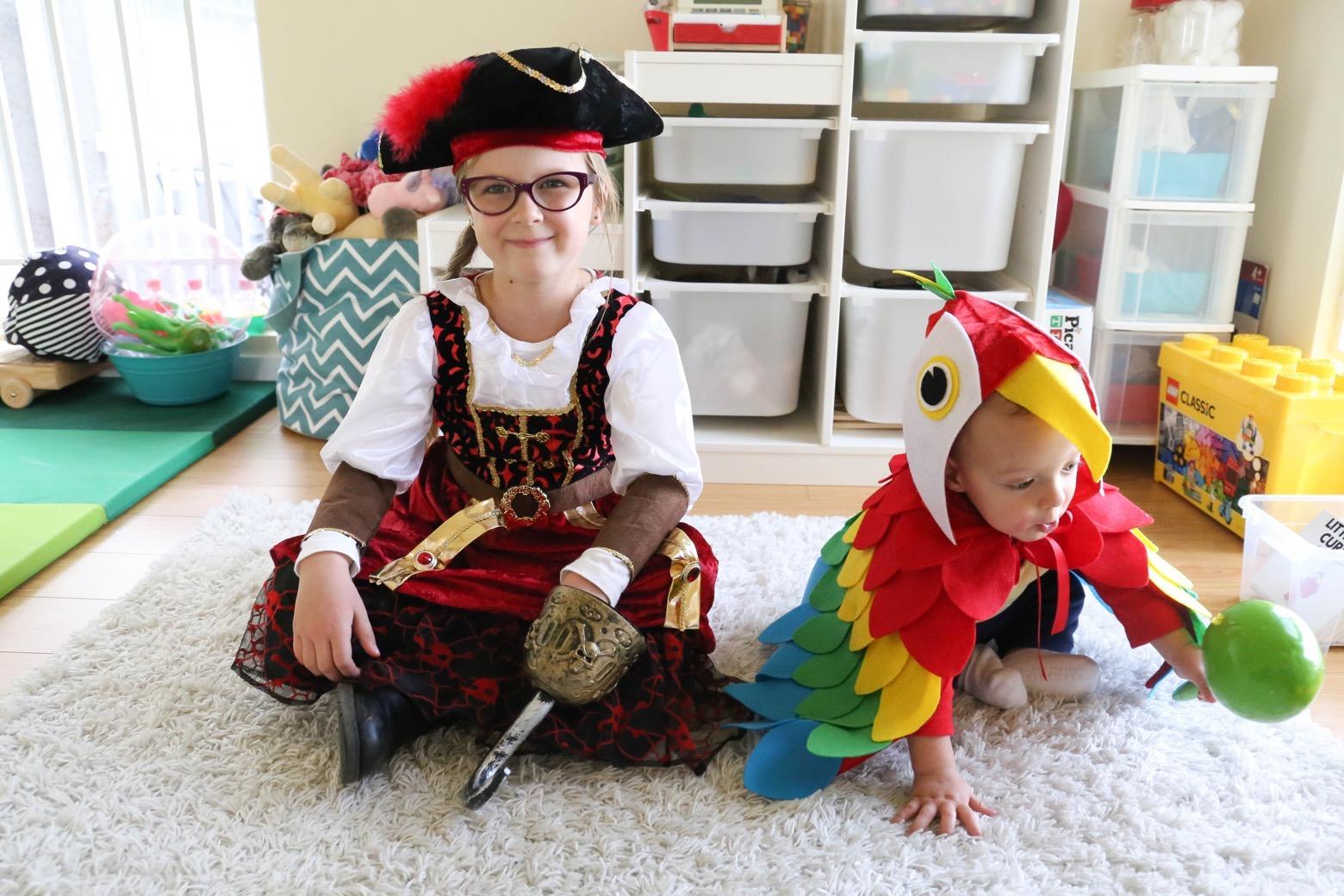Easy No-Sew Parrot Costume