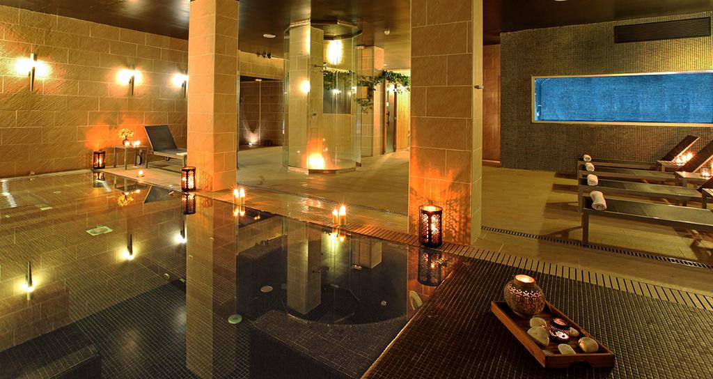 Large_axel_bcn_new_13_axel_hotel_barcelona_(8)