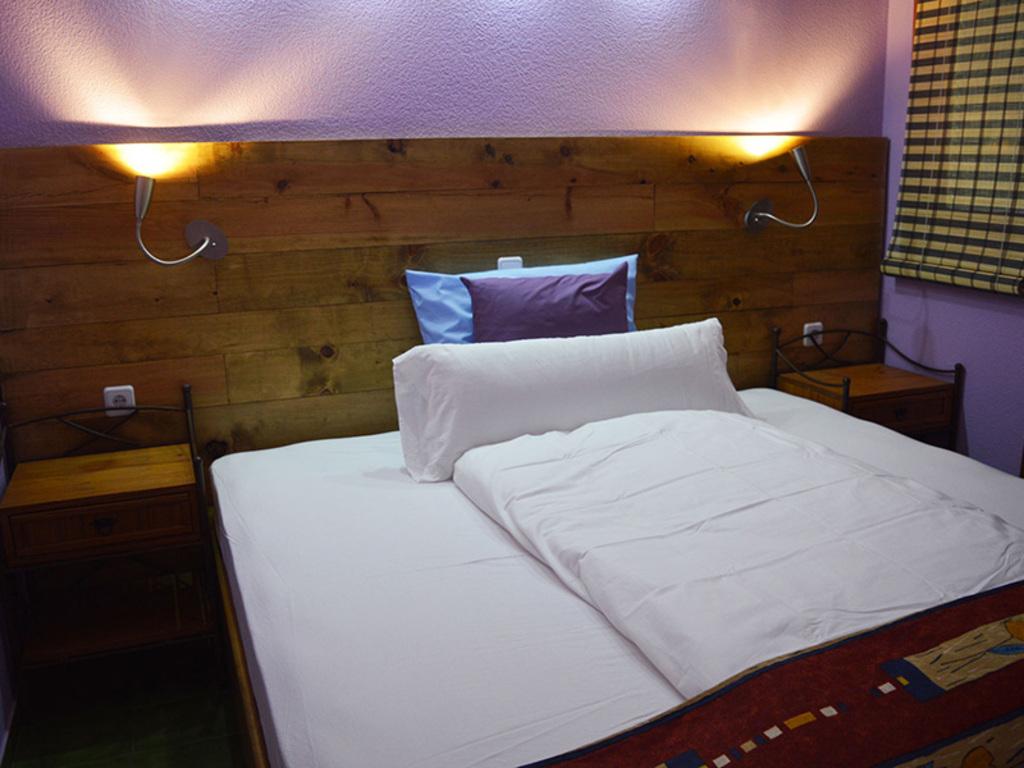 Large_pas_102_5_sleepingroom2