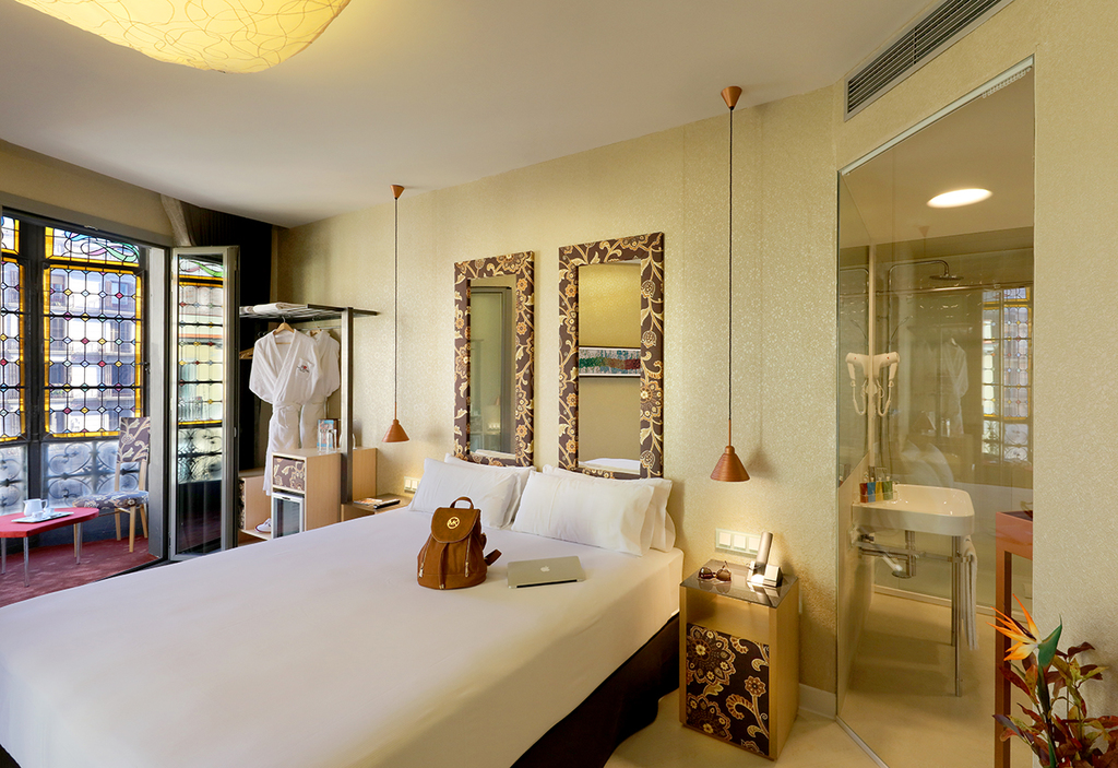 Large_axel_hotel_barcelona_(3)