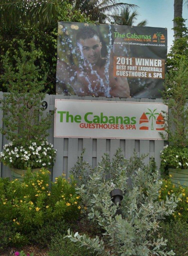 Large_cabanas_55