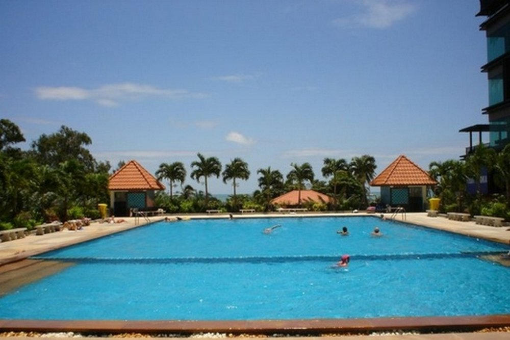 view-talay-6-condo-pattaya-pool.thumb.jpg.60d50e5317b3adadb5135d046a5e7752.jpg