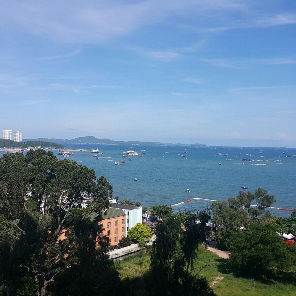 view-talay-6-condo-view-from-balcony1.thumb.jpg.9308006ac5e5fbc7510cce770b6ffc1d.jpg