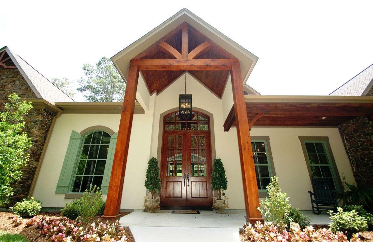 Front-Door-Thumbnail