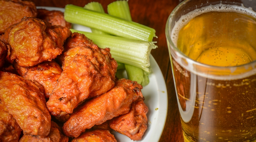 beer-and-wings-at-ten-50