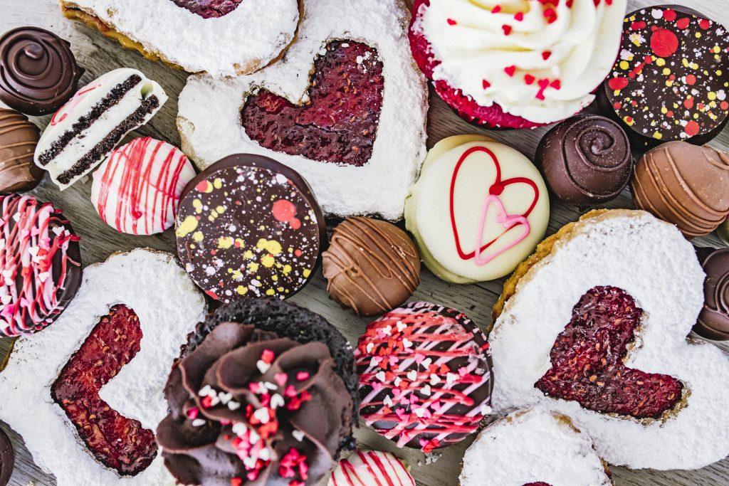 Valentines-day-eatzis-treats