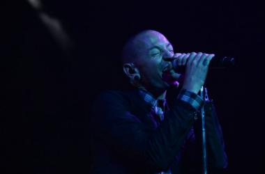 Chester Bennington performs in Fort Lauderdale, Florida. Mandatory Credit: Ron Elkman/USA TODAY NETWORK