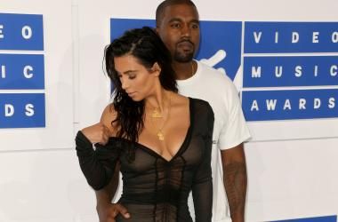 NEW YORK - AUGUST 28: Kanye West and Kim Kardashian West arrive at the 2016 MTV Video Music Awards at Madison Square Garden on August 28, 2016 in New York City. (Photo by Ben Hider/PictureGroup) *** Please Use Credit from Credit Field ***