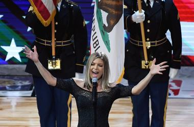 Fergie sings National Anthem