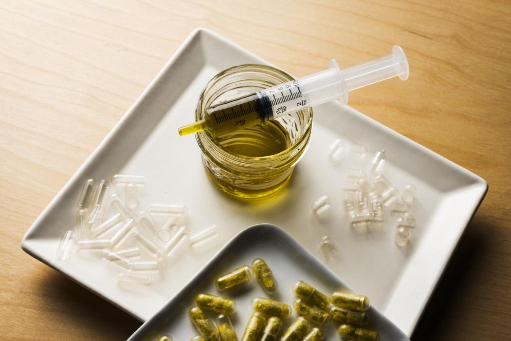 homemade cannabis capsules