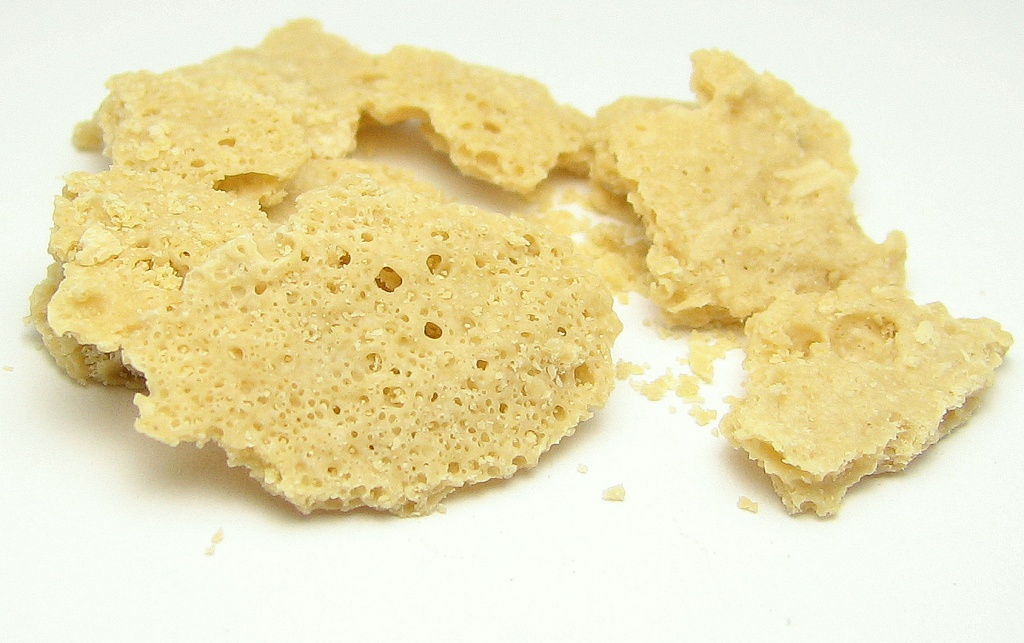 A light colored wax.