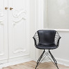 OvergaardAndDyrman_Wire_Dining_Chair_Elegance_Black_Leather_Mat_black_PowderCoated_Steel_Front_Context