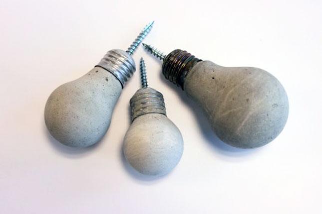20 brilliant ways to repurpose lightbulbs brit co - Tiradores originales para muebles ...