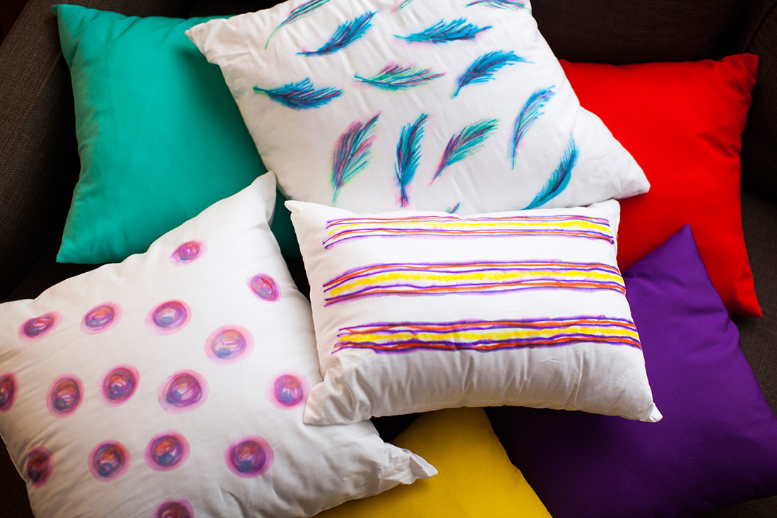 Diy Photo Throw Pillow : DIY Basics: Watercolor-Inspired Throw Pillows Brit + Co