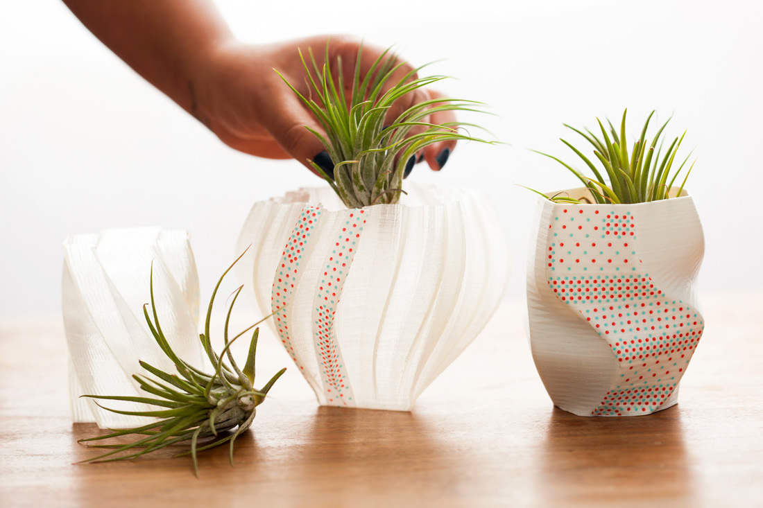 Deck out 3d printed vases with washi tape brit co for Air plant decoration