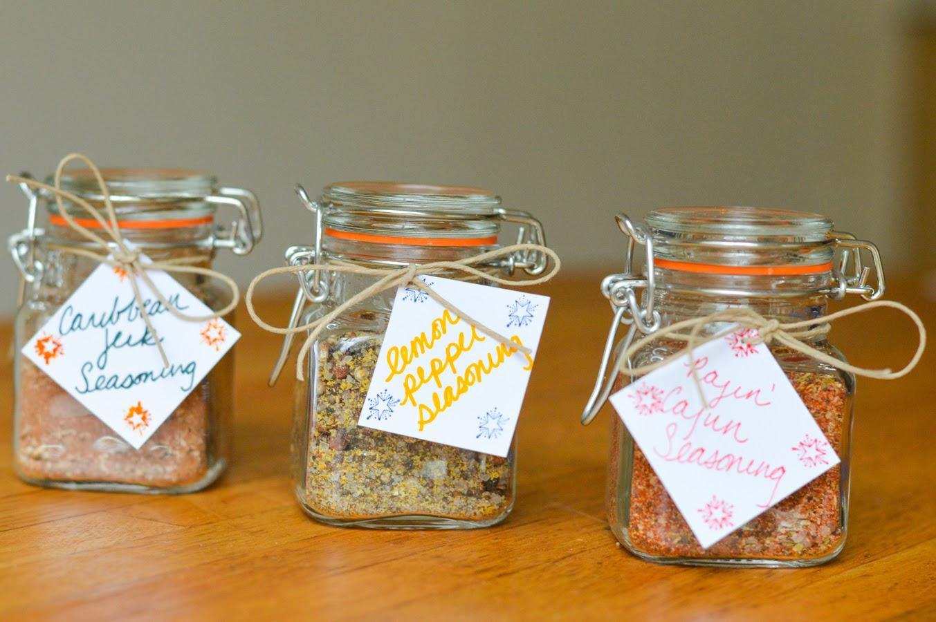 Home Handmade Christmas Gift Ideas. Homemade Christmas Gift Set ...