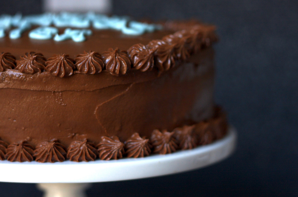 Espresso Chiffon Cake with Fudge Frosting : Layers of spongy chiffon ...