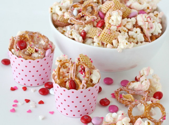 valentine s snack mix for a valentine s day