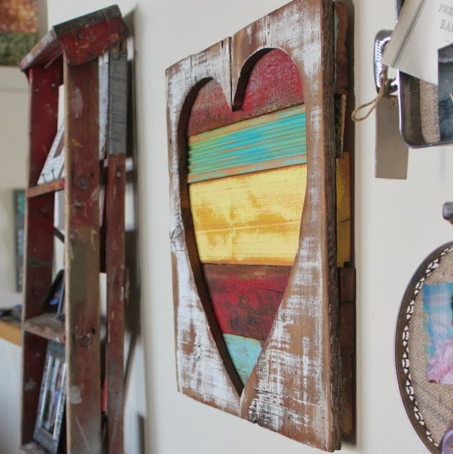 Reclaimed wood heart art1