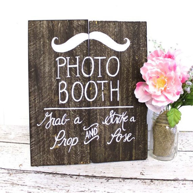 20 diy sign ideas for your next wedding or event brit co for Wedding sign in ideas