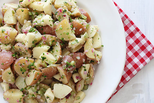 Summer-Potato-Salad-with-Apples-and-Chives
