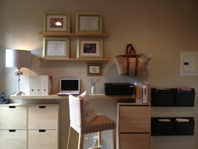 taking care of business 23 stylish home office hacks brit co. Black Bedroom Furniture Sets. Home Design Ideas