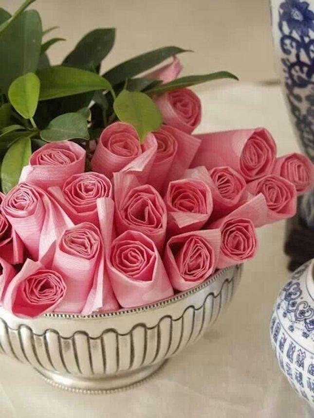 Rosebud paper napkins