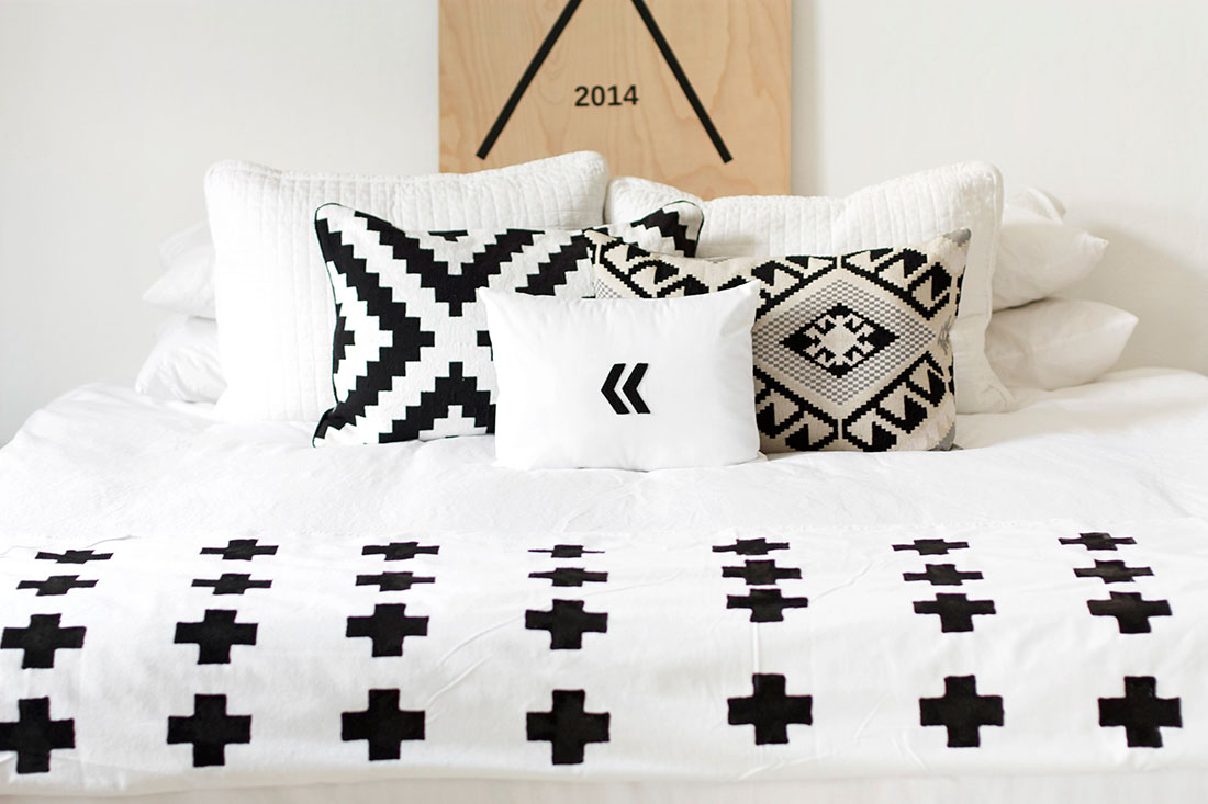 Diy This Chic Plus Sign Throw Blanket For Just 20 Brit Co