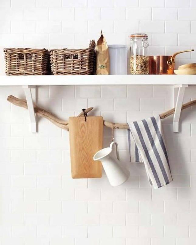 18. Towel Rack : Driftwood goes from sculptural to functional when ...