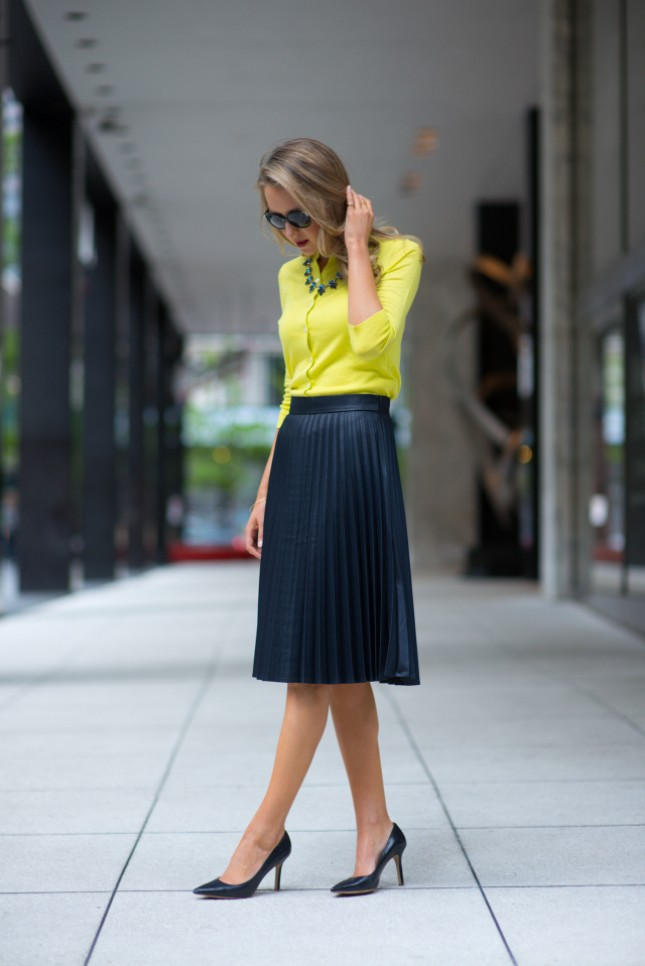 18 ways to style an accordion skirt brit co