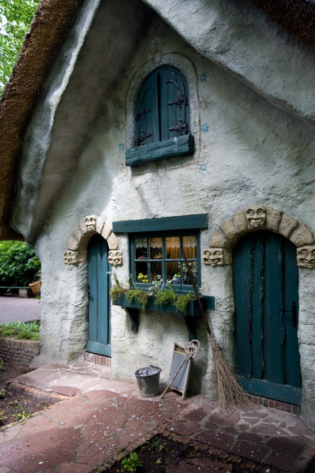 22 cozy cottages you ll want to escape to this weekend for Witches cottage house plans