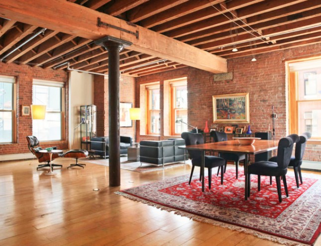 20 breathtaking rooms with exposed brick brit co for Loft apartments in nyc